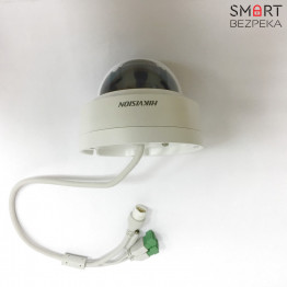 Купольная IP-видеокамера Wi-Fi Hikvision DS-2CD2120F-IWS