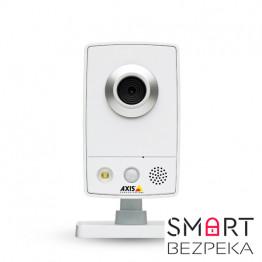 IP-видеокамера AXIS M1054