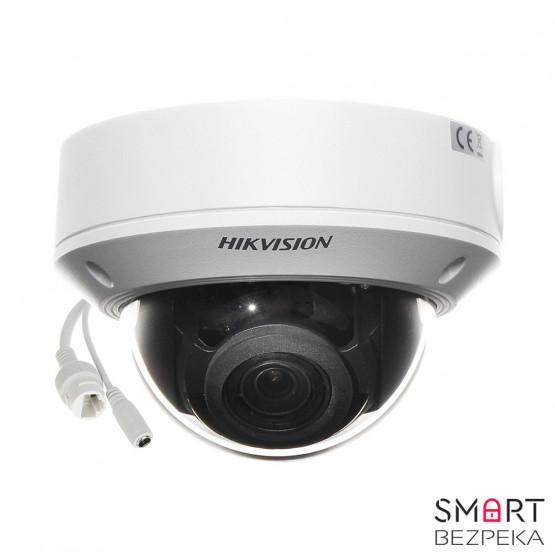 Купольная IP-камера Hikvision DS-2CD1731FWD-IZ (2.8-12)